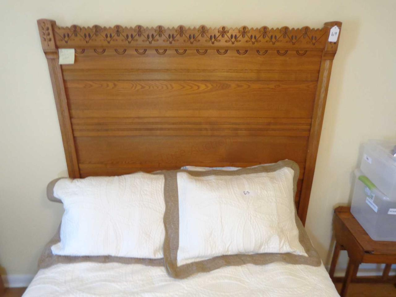 Oak Full/Double Size Bed